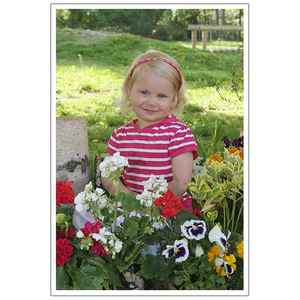 Außen mit Blumen 1
